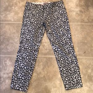 Banana Republic Black and White spotted Capris